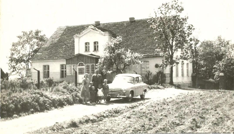 Pierwszy samochód na wsi - Syrena